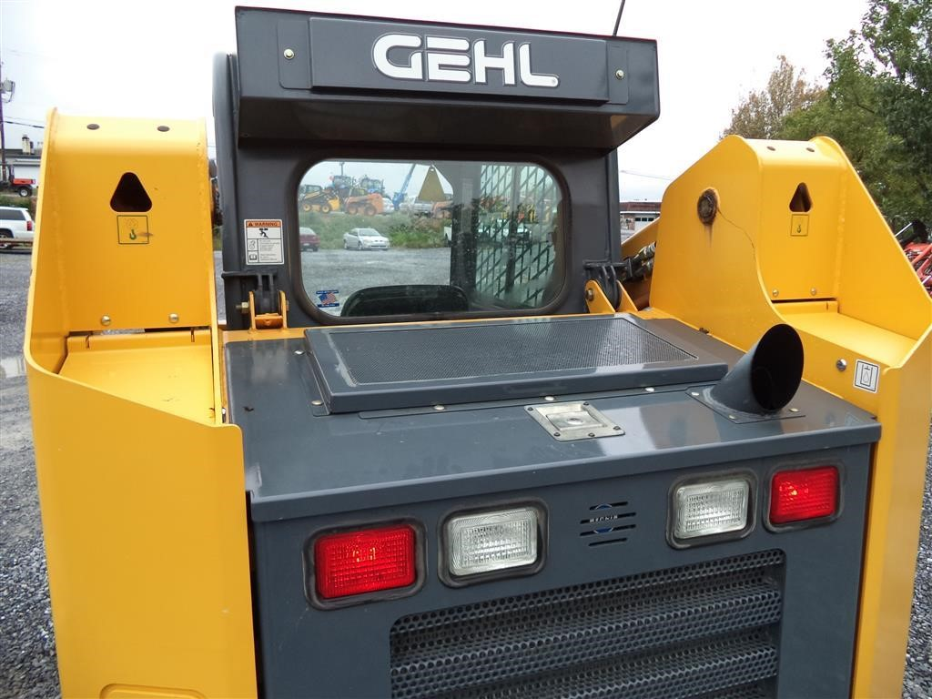 Detail photo of 2012 Gehl RT175 from Construction Equipment Guide
