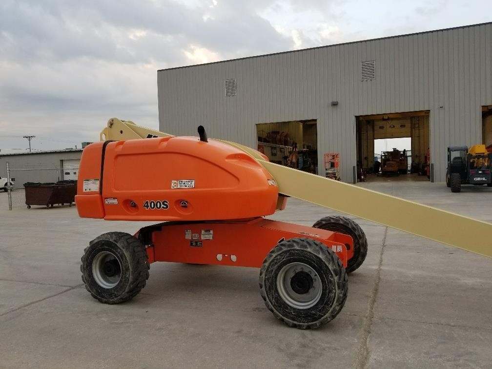 Detail photo of 2008 JLG 400S from Construction Equipment Guide