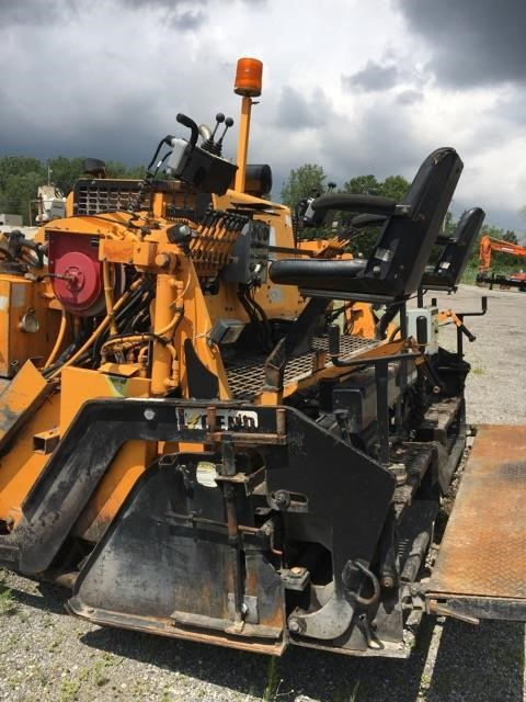 Detail photo of 2007 LeeBoy 8510T from Construction Equipment Guide