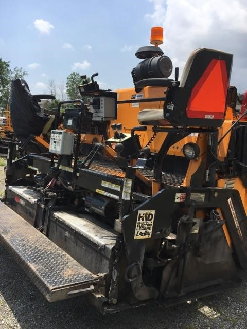 Detail photo of 2015 LeeBoy 8510C from Construction Equipment Guide