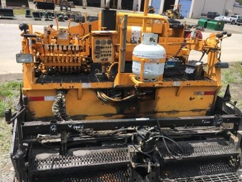 Detail photo of 2005 LeeBoy 8500 LD from Construction Equipment Guide