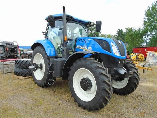 Detail photo of 2017 New Holland T7.245 from Construction Equipment Guide