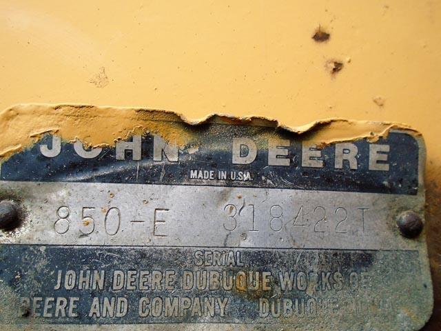 Detail photo of 1979 John Deere 850E from Construction Equipment Guide
