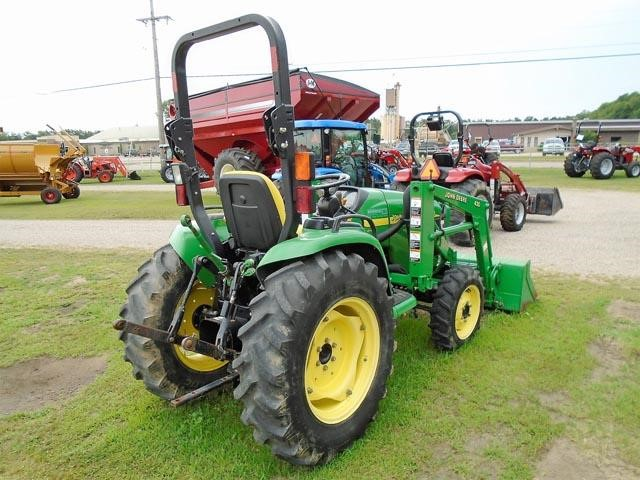 Detail photo of 2004 John Deere 4310 from Construction Equipment Guide