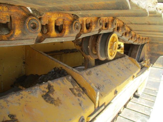 Detail photo of 2014 John Deere 450J from Construction Equipment Guide