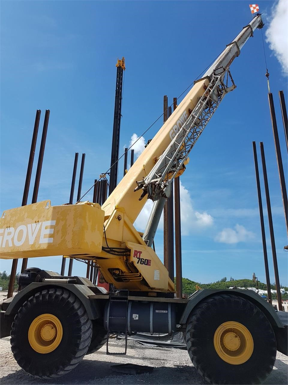 Detail photo of 2001 Grove RT760E from Construction Equipment Guide