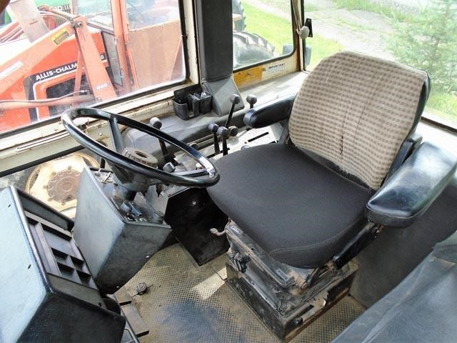 Detail photo of 1983 J I CASE 2290 from Construction Equipment Guide