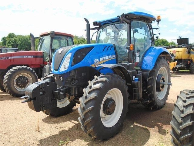 Detail photo of  New Holland T7.210 from Construction Equipment Guide