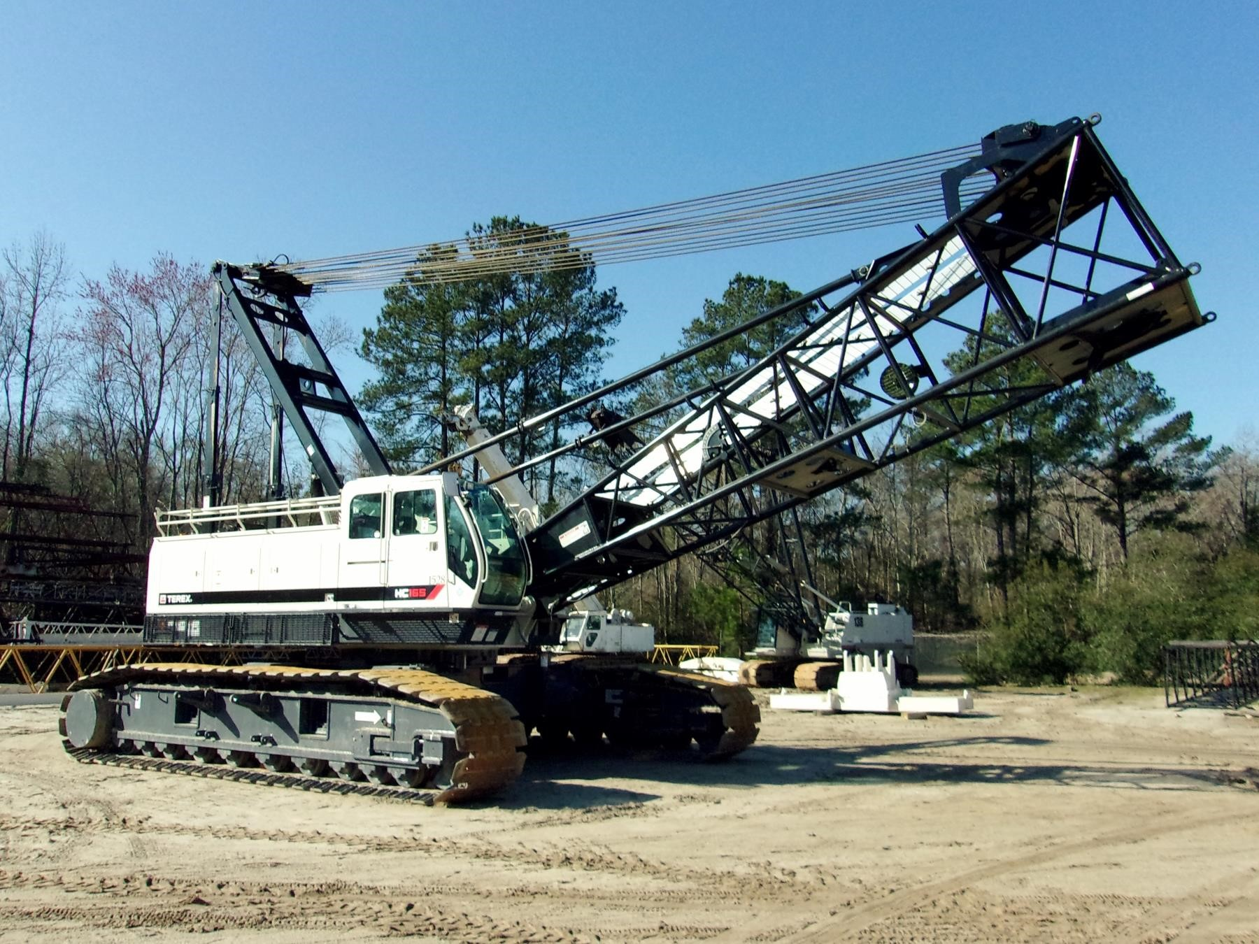 Detail photo of 2016 Terex HC 165 from Construction Equipment Guide