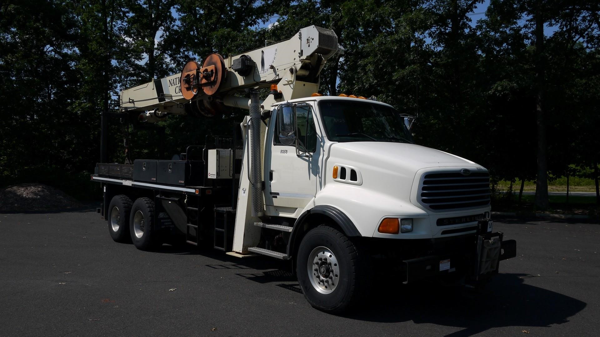Detail photo of 2007 National 900A from Construction Equipment Guide