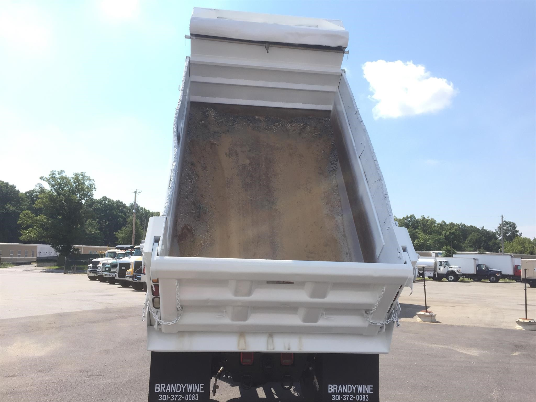 Detail photo of 2008 GMC TOPKICK C8500 from Construction Equipment Guide