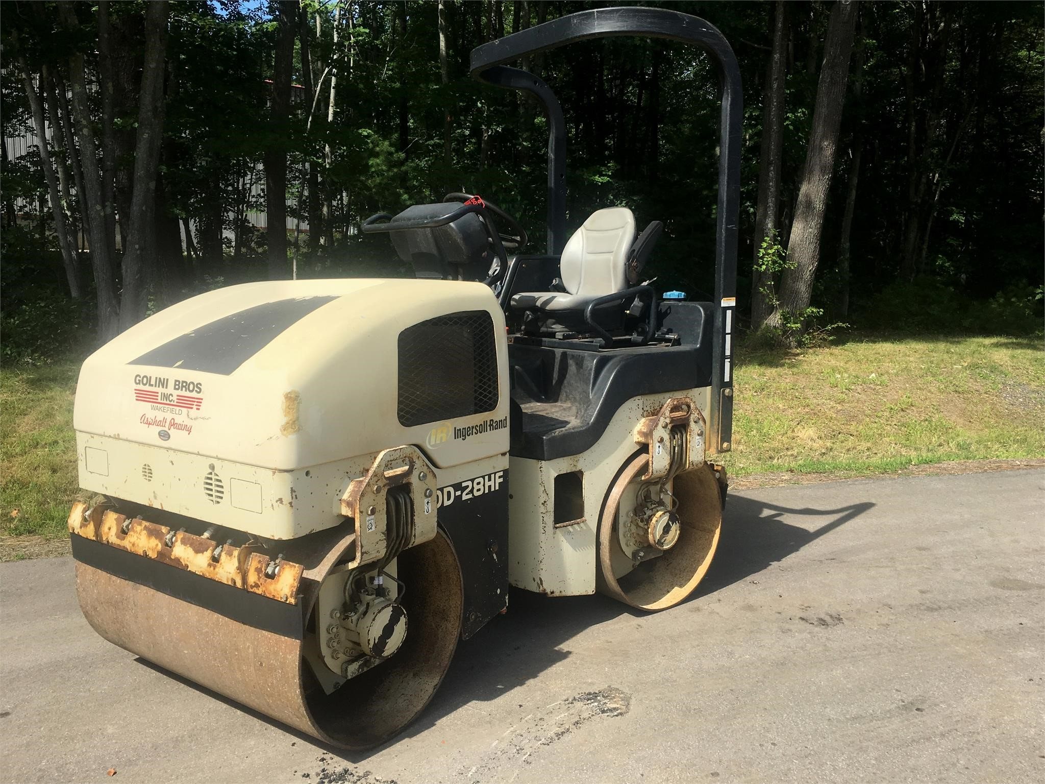 Detail photo of 2006 Ingersoll Rand DD28 from Construction Equipment Guide