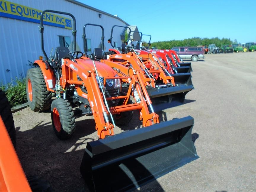 Detail photo of 2017 KIOTI CK4010 from Construction Equipment Guide