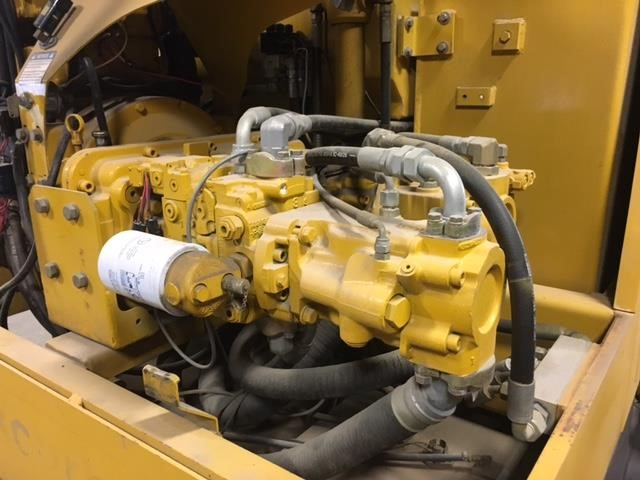 Detail photo of 2007 Gomaco GT3400 from Construction Equipment Guide