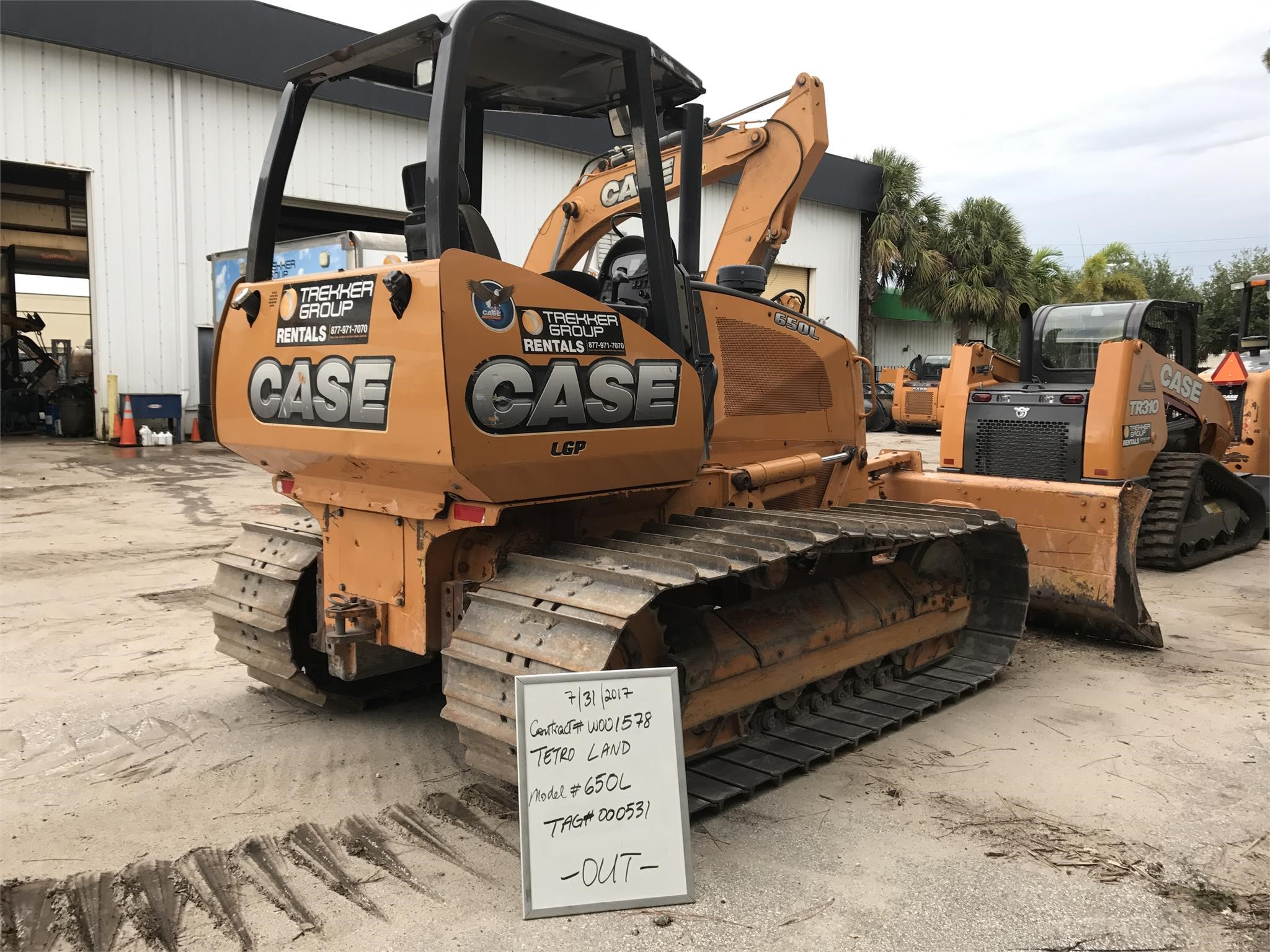 Detail photo of 2014 Case 650L from Construction Equipment Guide