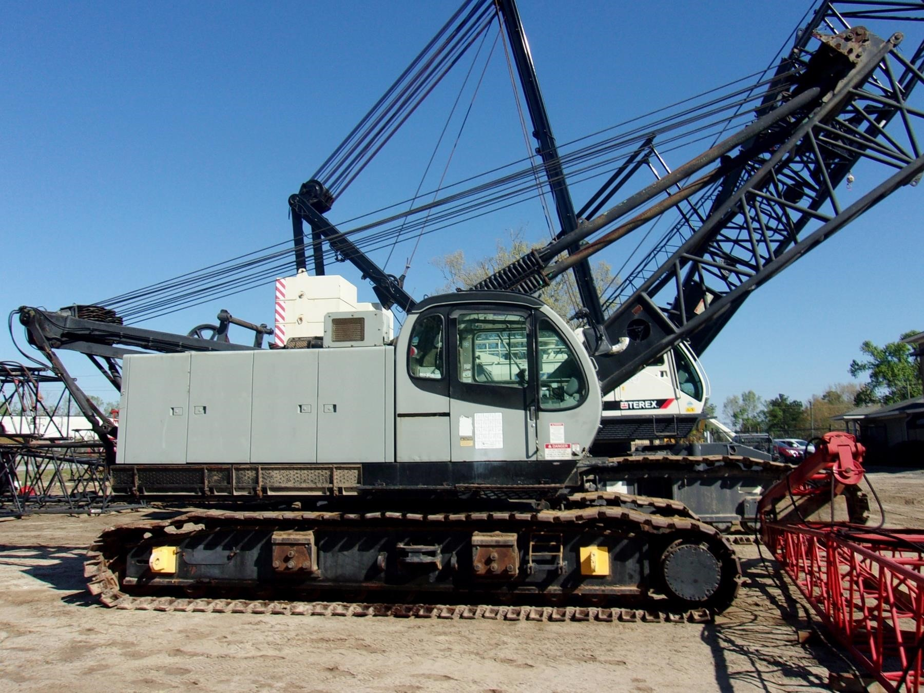 Detail photo of 2000 Kobelco CK1000 from Construction Equipment Guide