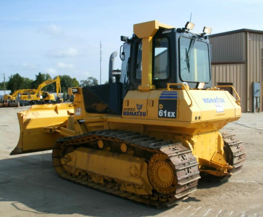 Detail photo of 2007 Komatsu D61EX-15 from Construction Equipment Guide