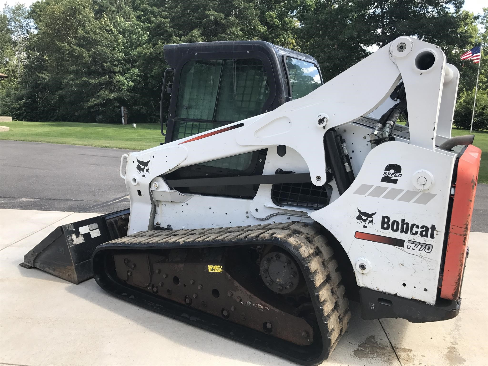 Detail photo of 2012 Bobcat T770 from Construction Equipment Guide
