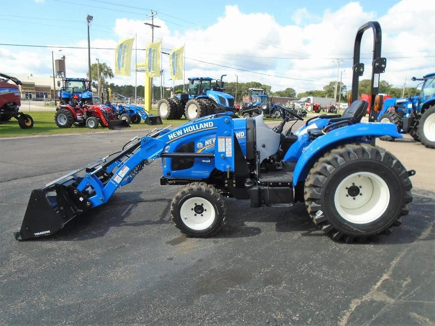 Detail photo of 2017 New Holland BOOMER 35 from Construction Equipment Guide
