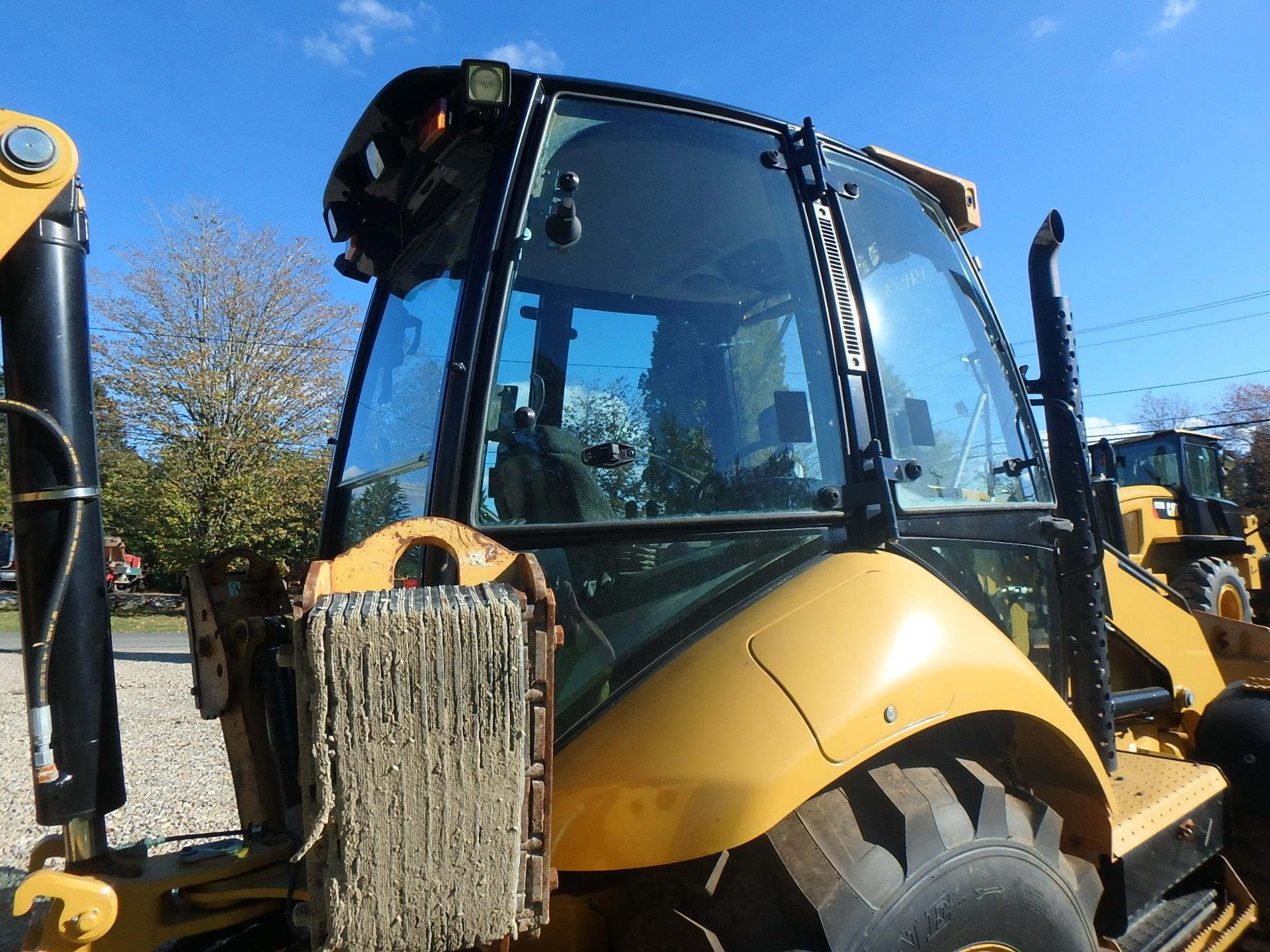 Detail photo of 2013 Caterpillar 430F from Construction Equipment Guide