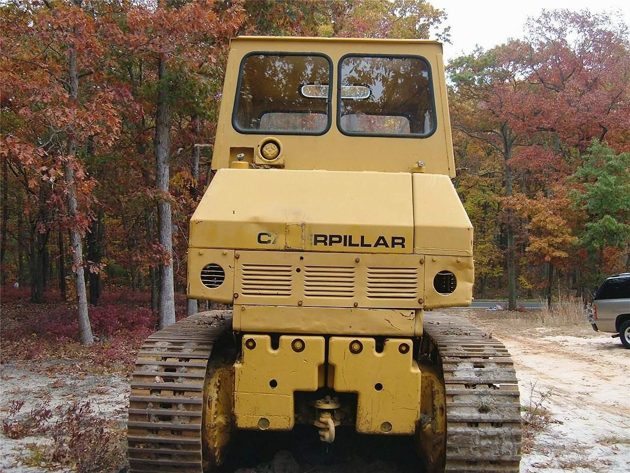 Detail photo of  Caterpillar 977K from Construction Equipment Guide