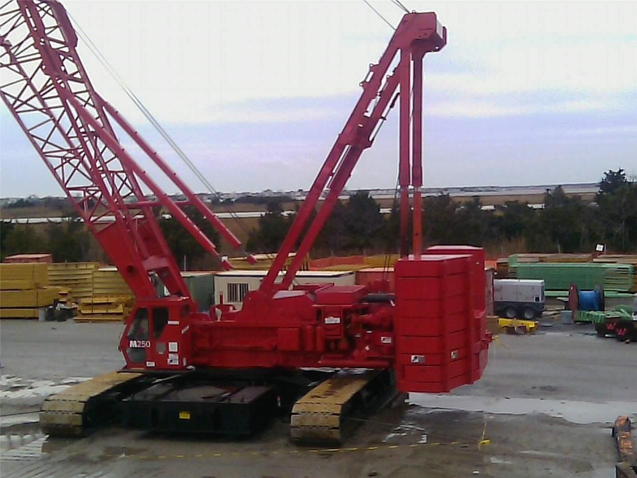 Detail photo of 1996 Manitowoc M250 III from Construction Equipment Guide