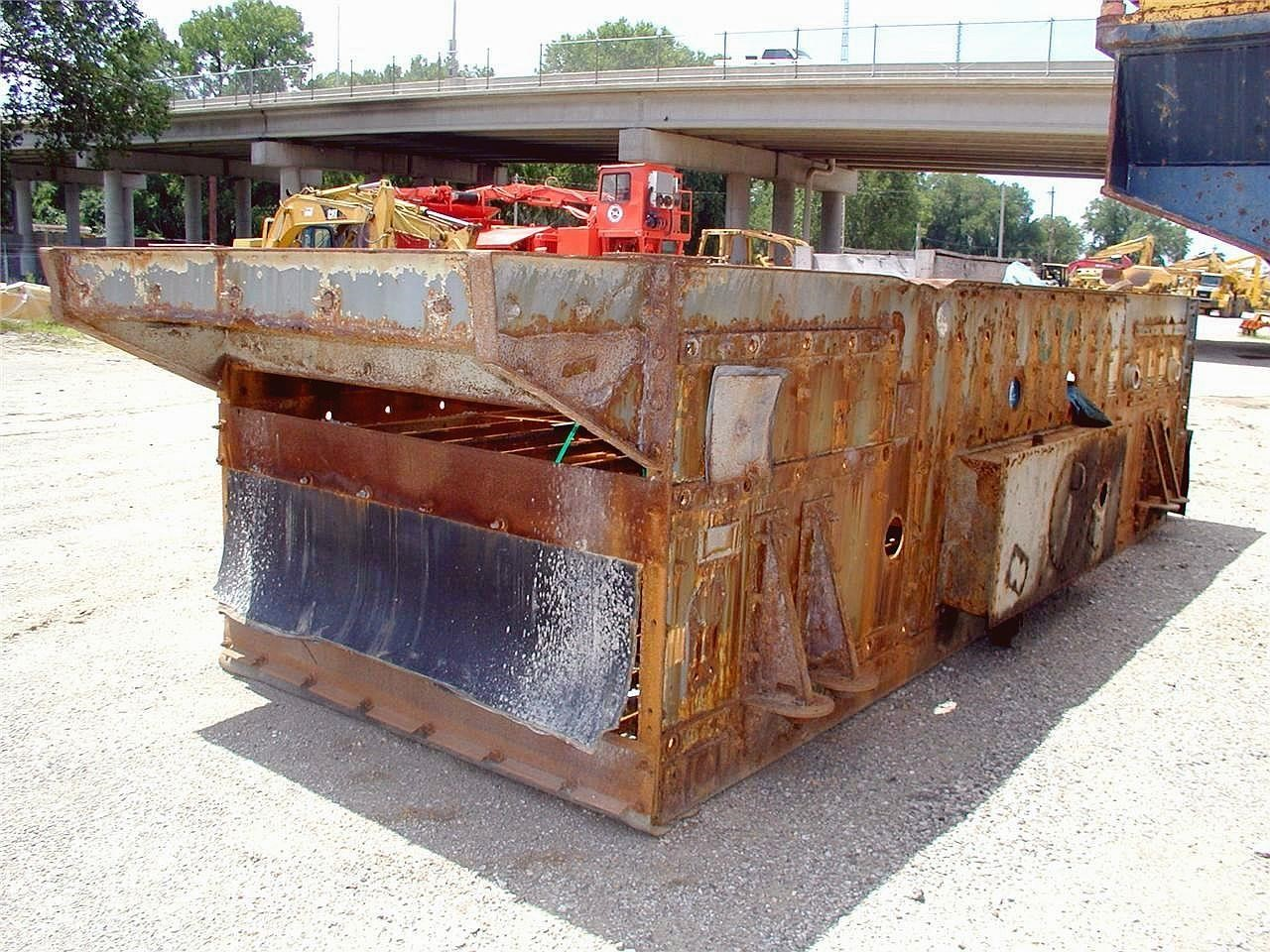 Detail photo of 1999 JCI 6203 from Construction Equipment Guide