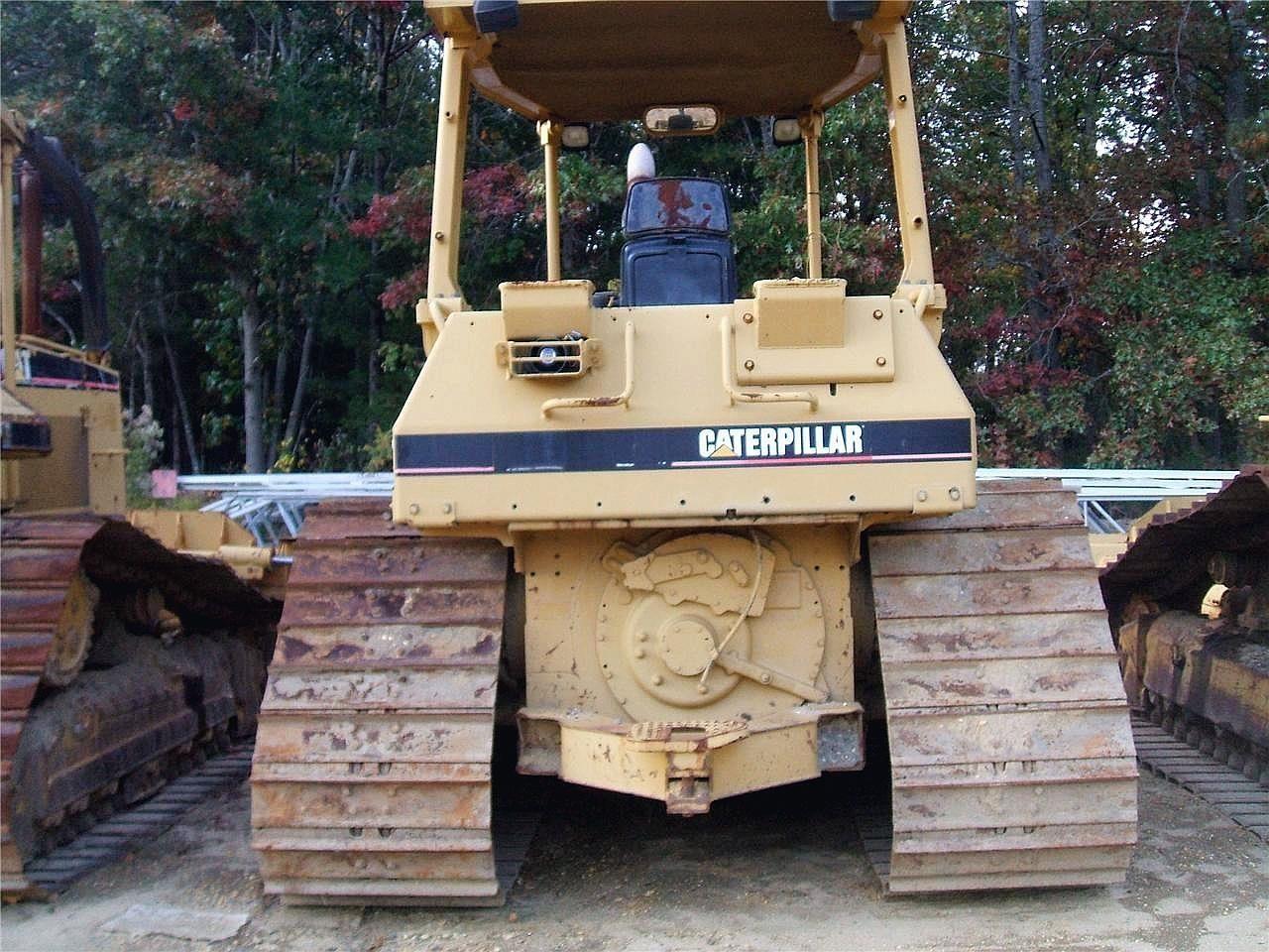Detail photo of 1994 Caterpillar D4H LGP III from Construction Equipment Guide