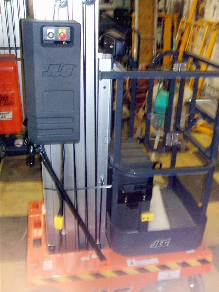 Detail photo of 2006 JLG 15SP from Construction Equipment Guide
