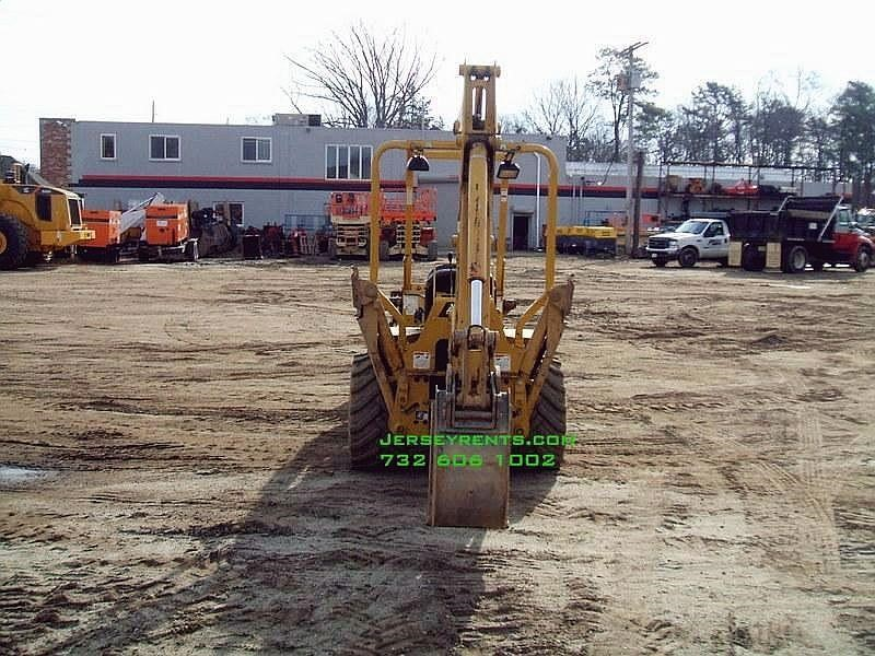 Detail photo of 2010 Allmand TLB 535 from Construction Equipment Guide