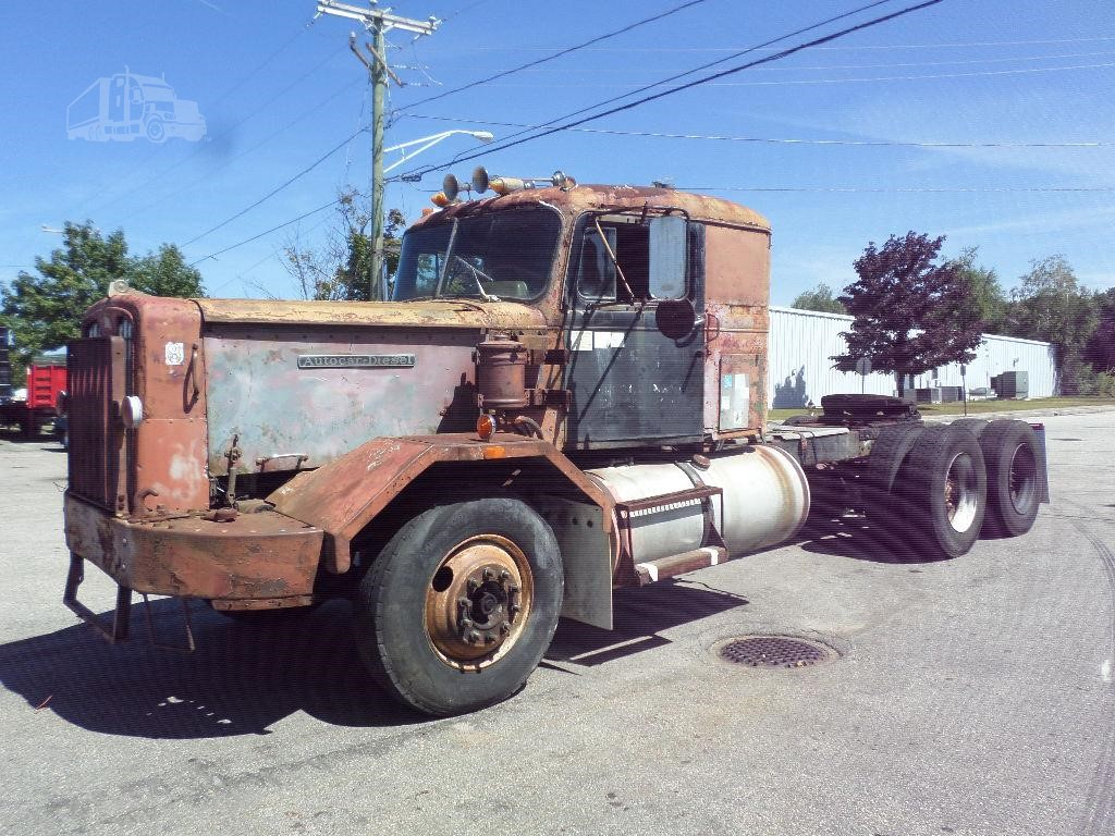 1960 autocar dc75t for sale in manchester new hampshire. Black Bedroom Furniture Sets. Home Design Ideas