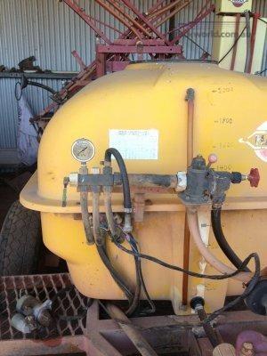 0 Hardi 250 - Farm Machinery for Sale