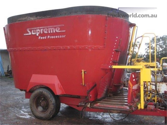 0 Supreme Intl 700T Farm Machinery for Sale