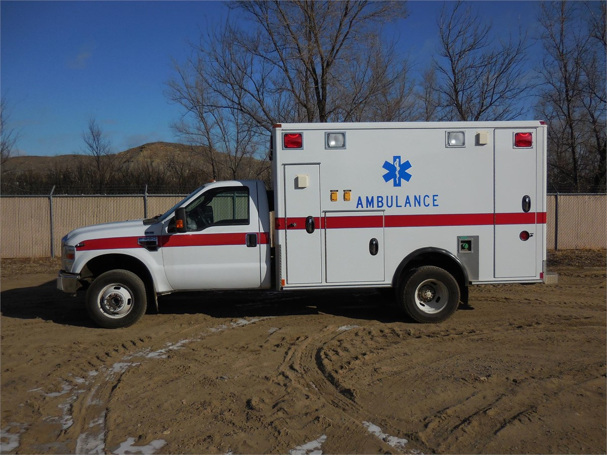 2010 ford f350 camions l gers ambulance vendre. Black Bedroom Furniture Sets. Home Design Ideas