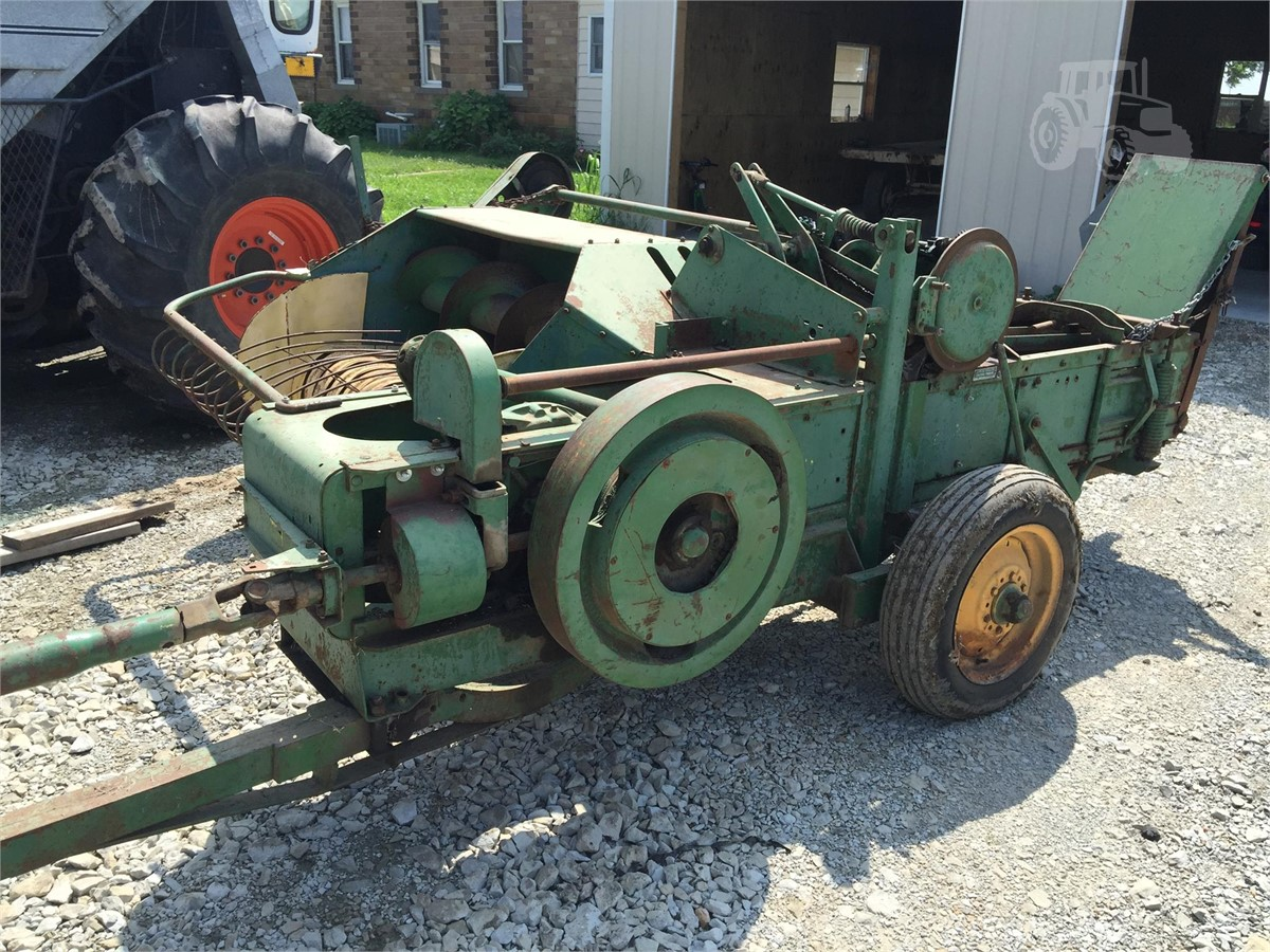 John Deere 214 >> John Deere 214 For Sale In Wheeler Illinois Tractorhouse Com