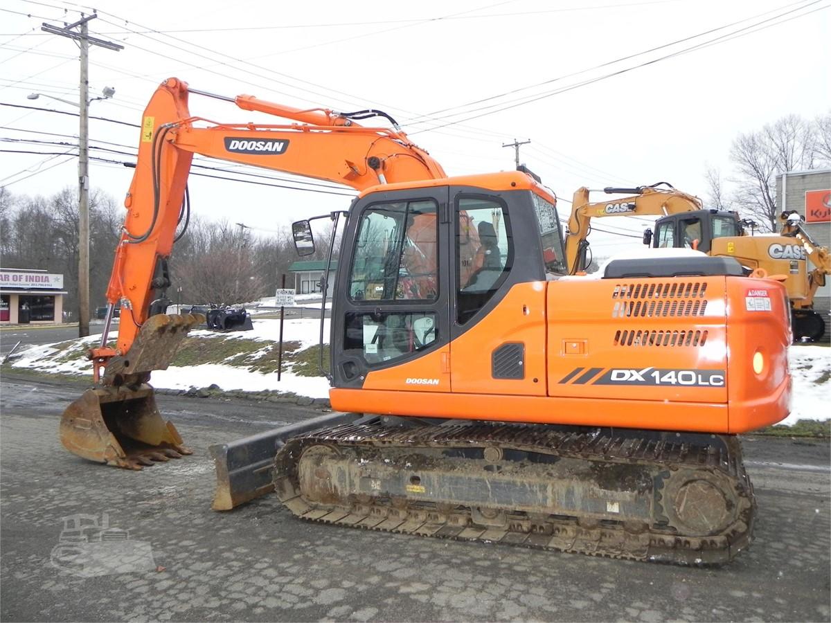 2014 DOOSAN DX140 LC-3 For Sale In Orange, Connecticut   www