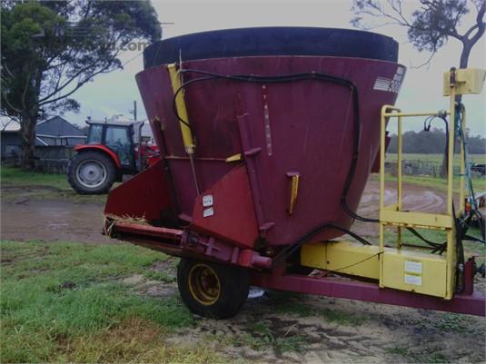 0 Supreme Intl 300 Farm Machinery for Sale