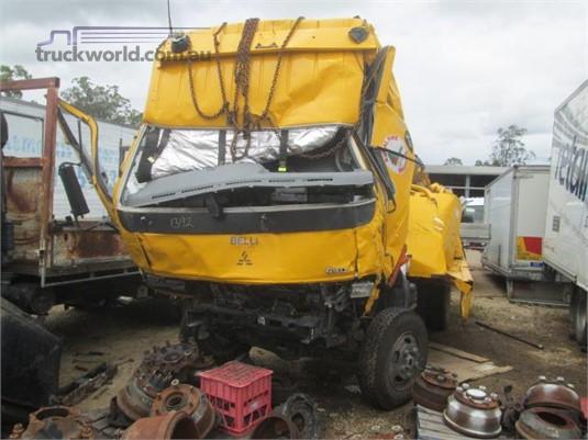 2000 Mitsubishi Fuso CANTER 615 - Wrecking for Sale
