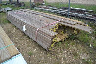 LOT OF (96) 5/4X6X10 PREMIUM DECKING BOARDS Other Auction