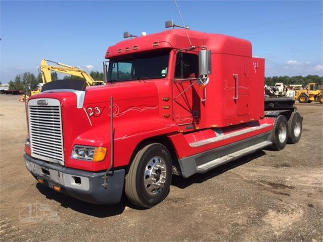 2002 FREIGHTLINER FLD120 For Sale In Holland, Michigan