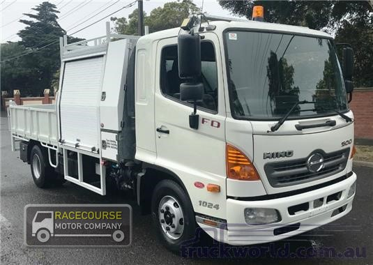 2010 Hino 500 Series 1024 FD Racecourse Motor Company - Trucks for Sale