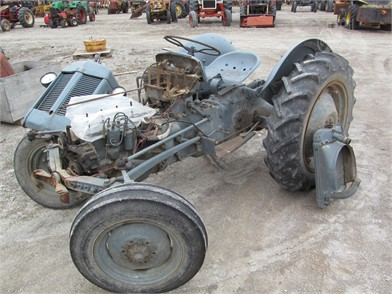 FERGUSON TEA20 Dismantled Machines - 11 Listings | TractorHouse com