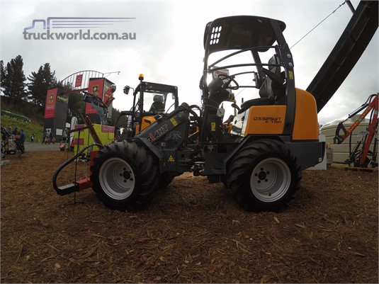 2017 Giant D332SWT XTRA Heavy Machinery for Sale