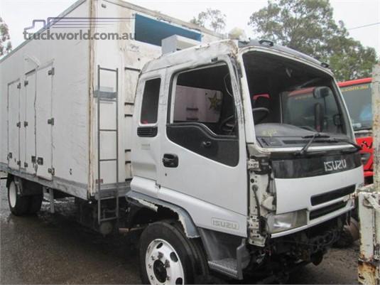 2006 Isuzu FTR - Trucks for Sale
