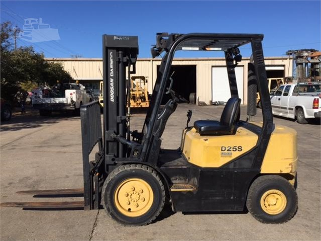 DOOSAN DAEWOO D25S-3 For Sale In Duncan, Oklahoma | MachineryTrader com