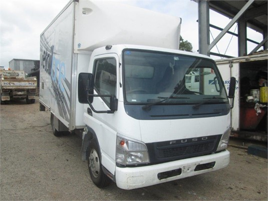 2005 Mitsubishi Fuso FE85D - Wrecking for Sale