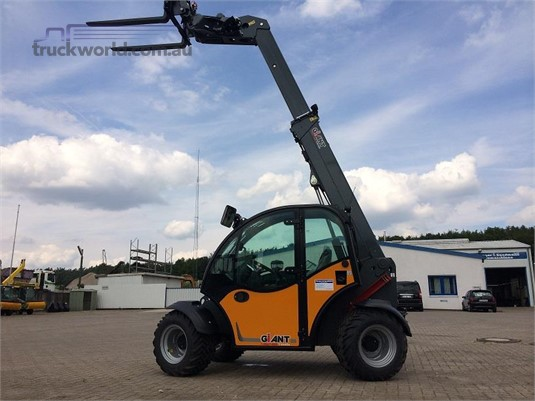 2017 Giant 4548 TENDO Heavy Machinery for Sale