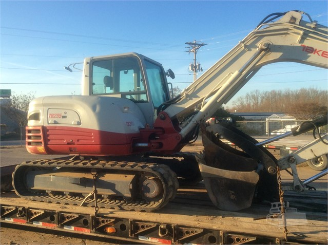 2013 TAKEUCHI TB285 For Sale In Humboldt, Tennessee | www