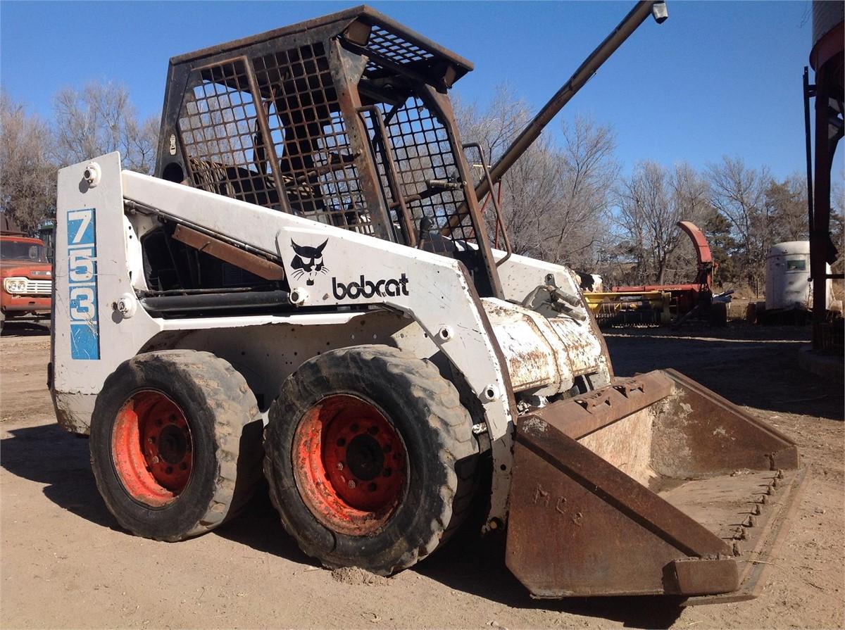 BOBCAT 753 Nokta Dönüşlü Yükleyiciler - Lastik For Auction