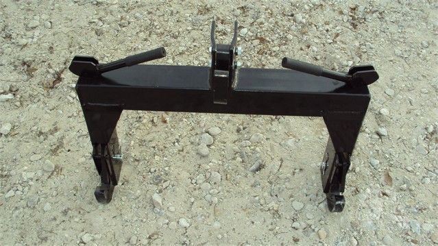 CAT 1 QUICK HITCH Hitch For Sale In Magnolia, Texas